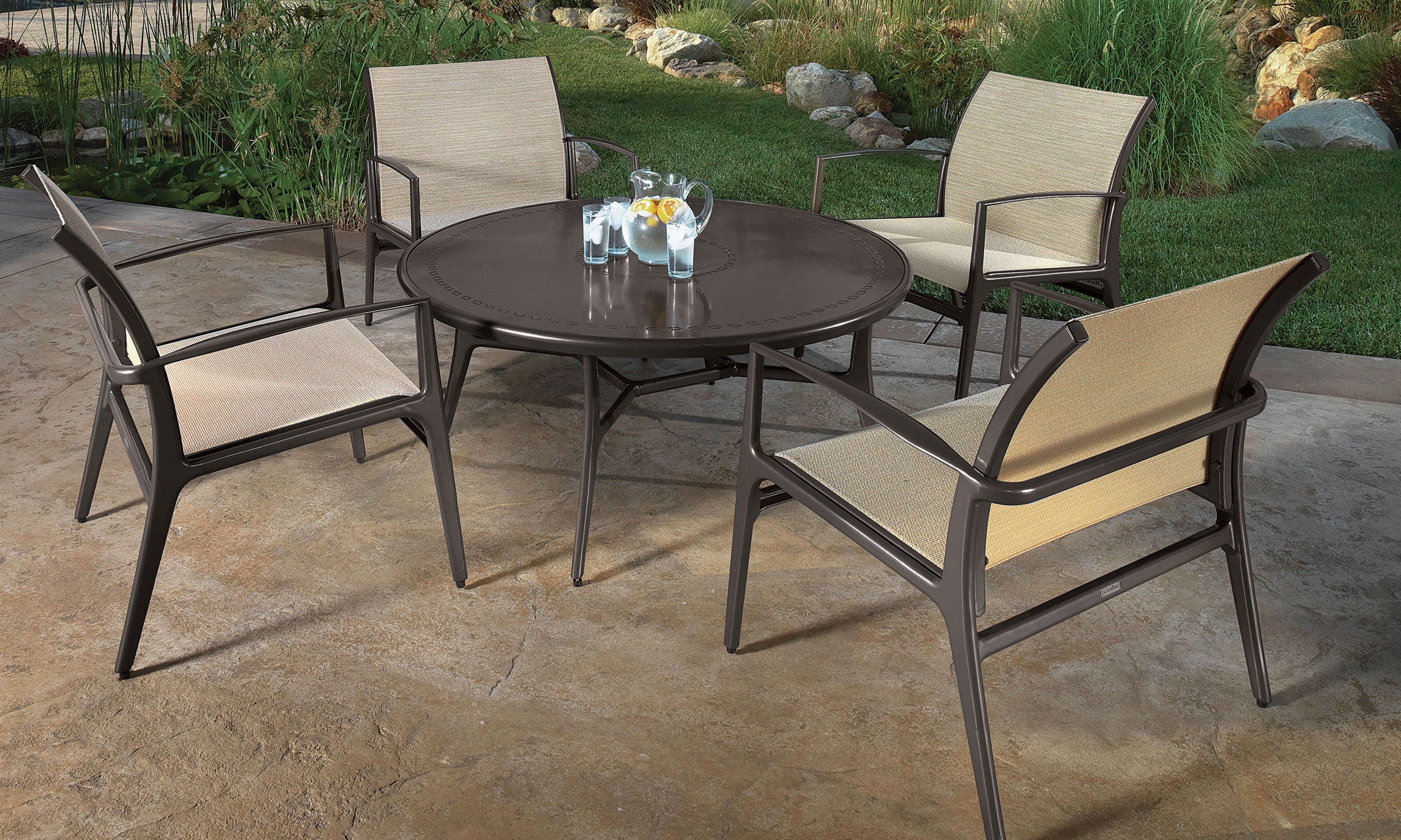 outdoor-furniture_furniture-collections_phoenix_30-l