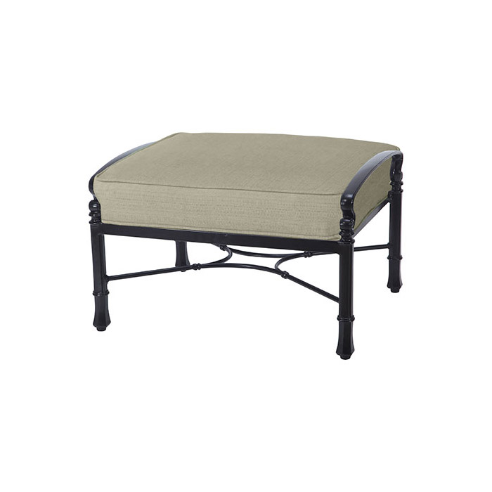 Bella-Vista-Cushion-Ottoman-1051000g