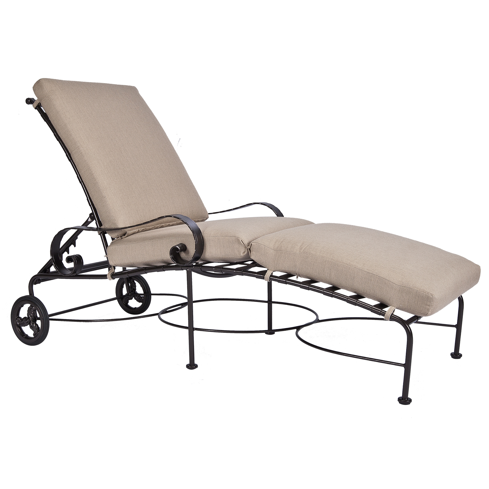 Chaise-Lounge-952-CHW_Catalog_GR35_1600-Classico-W-OW-Lee