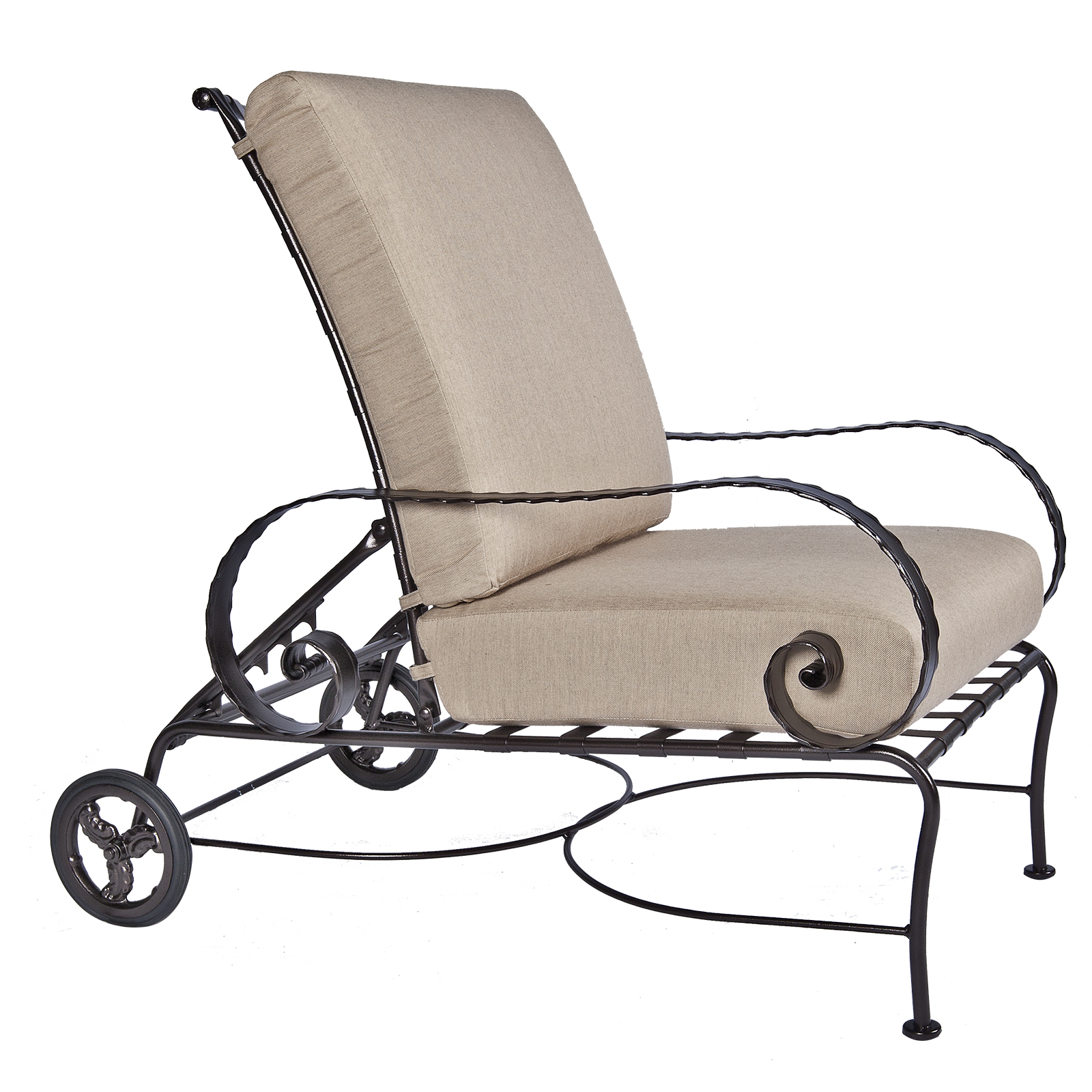 Hi-Back-Adjustable-Lounge-Chair-937-ACCW_Catalog_GR35_1600-Classico-W-OW-Lee